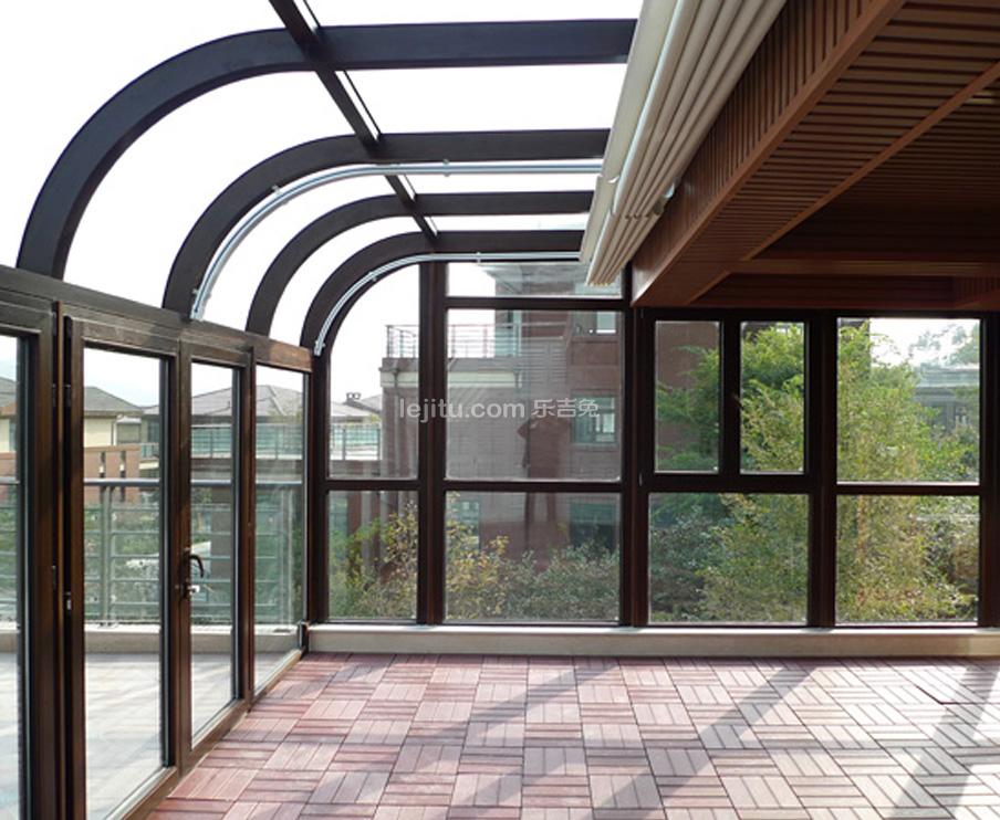 别墅阳台钢结构阳光房
